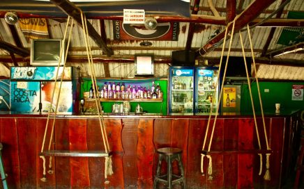 0.2 ACRES – Iconic Bar and Restaurant Plus Cabinas Right In The Heart Of Dominical!!!!