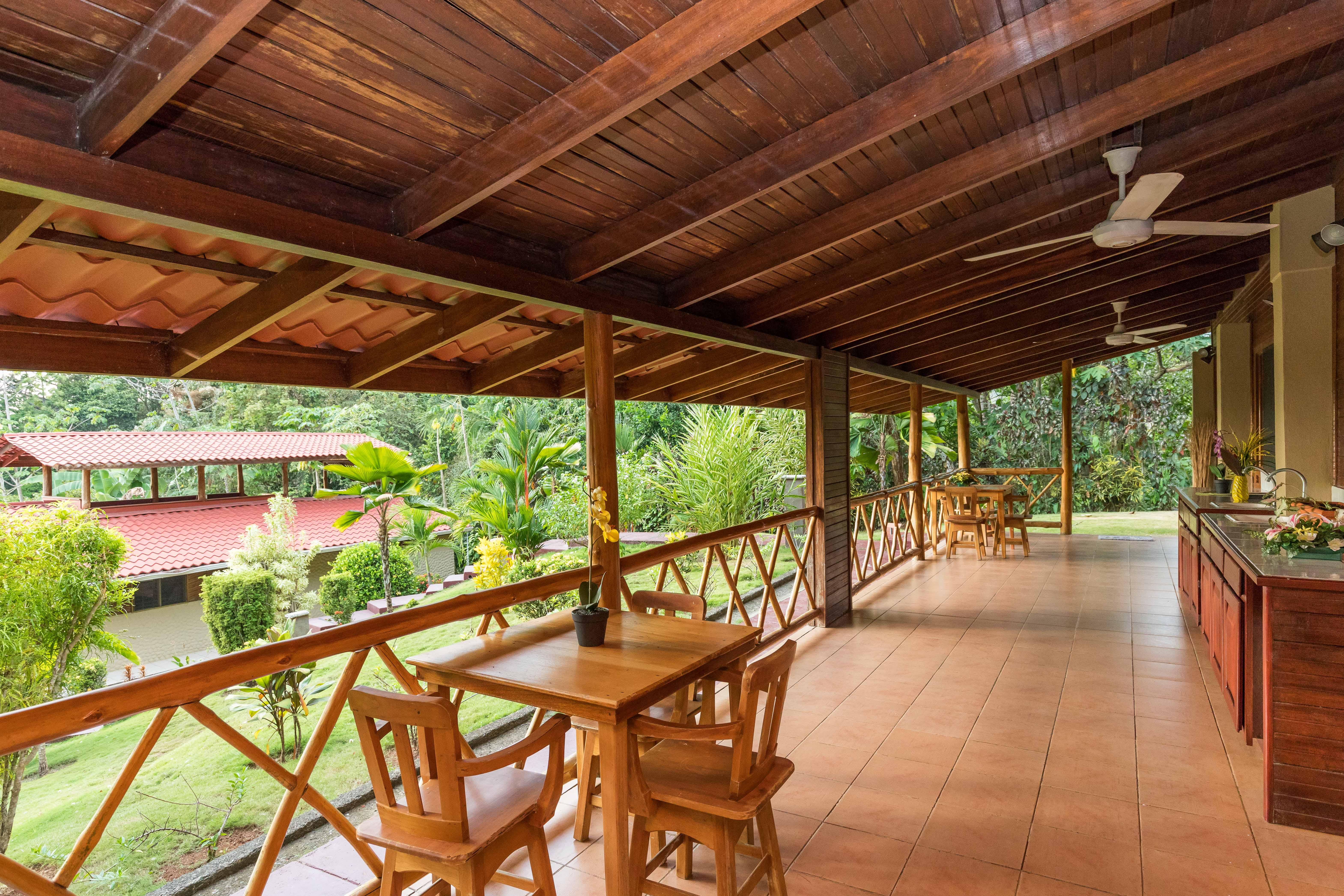 6 ACRES - 4 Bedroom, Pool and Jacuzzi, Ocean and Jungle View With Trails!!!!