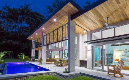 1.24 ACRES – 3 Bedroom Modern Ocean View Home With Infinity Pool!!!