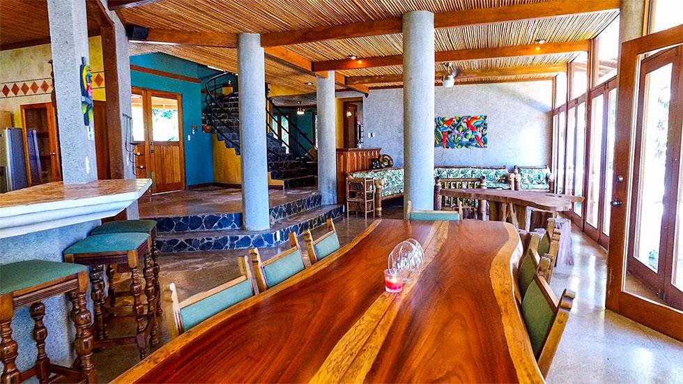 0.7 ACRES - 6 Bedroom Home, 1 Bedroom Guest Home, Ocean View, Waterfall, Pool!!!