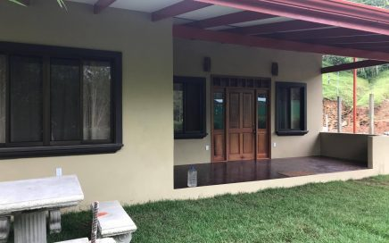 0.07 ACRES – 2 Bedroom Brand New Home Walking Distance To Dominical!!
