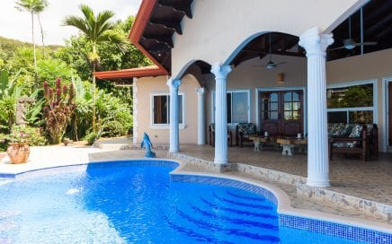 0.88 ACRES – 3 Bedroom Ocean View Home With Pool Plus 2 Bedroom Guest House!!!