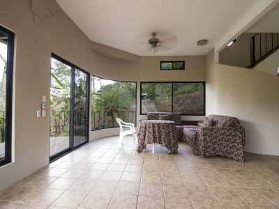 1.24 ACRE - 2Bedr. Open Architecture, Spectacular Valley&MountainView, Private,15min from Dominical!