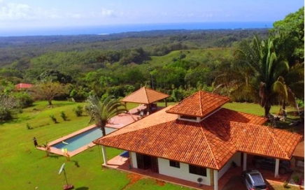 3 ACRES – 2 Bedroom Home Plus 2 Bedroom Guest Home With Pool And Ocean Views!!!