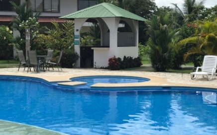CONDO – 2 Bedroom Condo With Pool And BBQ Area Just Outside Of Quepos!!!