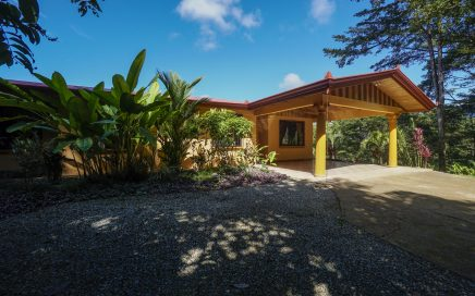3.3 ACRES – 3 Bedroom Mountain View Home With Pool And River Access!!!