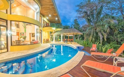 1 ACRE – 7 Bedroom Manuel Antonio Park Ocean View Home With Pool!!!!