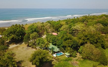 0.47 ACRES – 4 Bedroom Home With Pool 100 Meters From The Beach!!!!