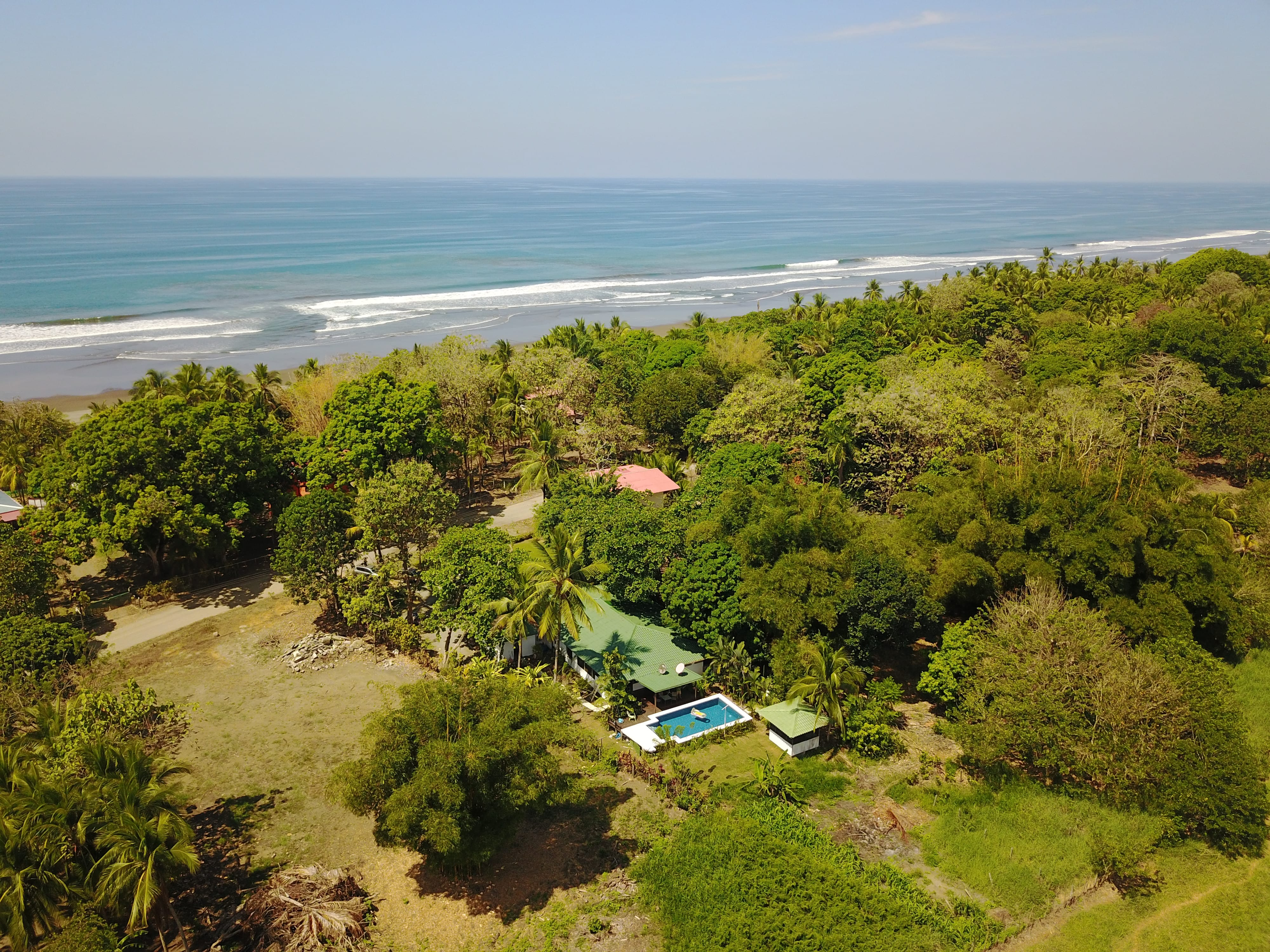 0.47 ACRES - 4 Bedroom Home With Pool 100 Meters From The Beach !!!!