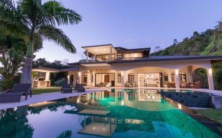 14 ACRES – 5 Bedroom Home, 3 Bedroom Home, 2 Pools, Whales Tale Ocean Views!!!