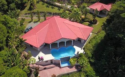 0.75 ACRES – 3 Bedroom Home With Pool And Ocean Window Plus 2 Bedroom Guest House!!