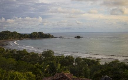 CONDO – 2 Bedroom Condo With Spectacular View And Walking Distance To A Spectacular Beach!!!