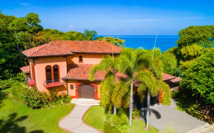 1.38 ACRES – 3 Bedroom Luxury Ocean View Home With Pool Located Las Olas Gated Community!!!