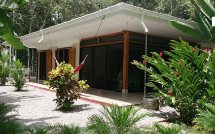 1.5 ACRES – 3 Bedroom Home Walking Distance To The Beach Near Playa Pilon!!!