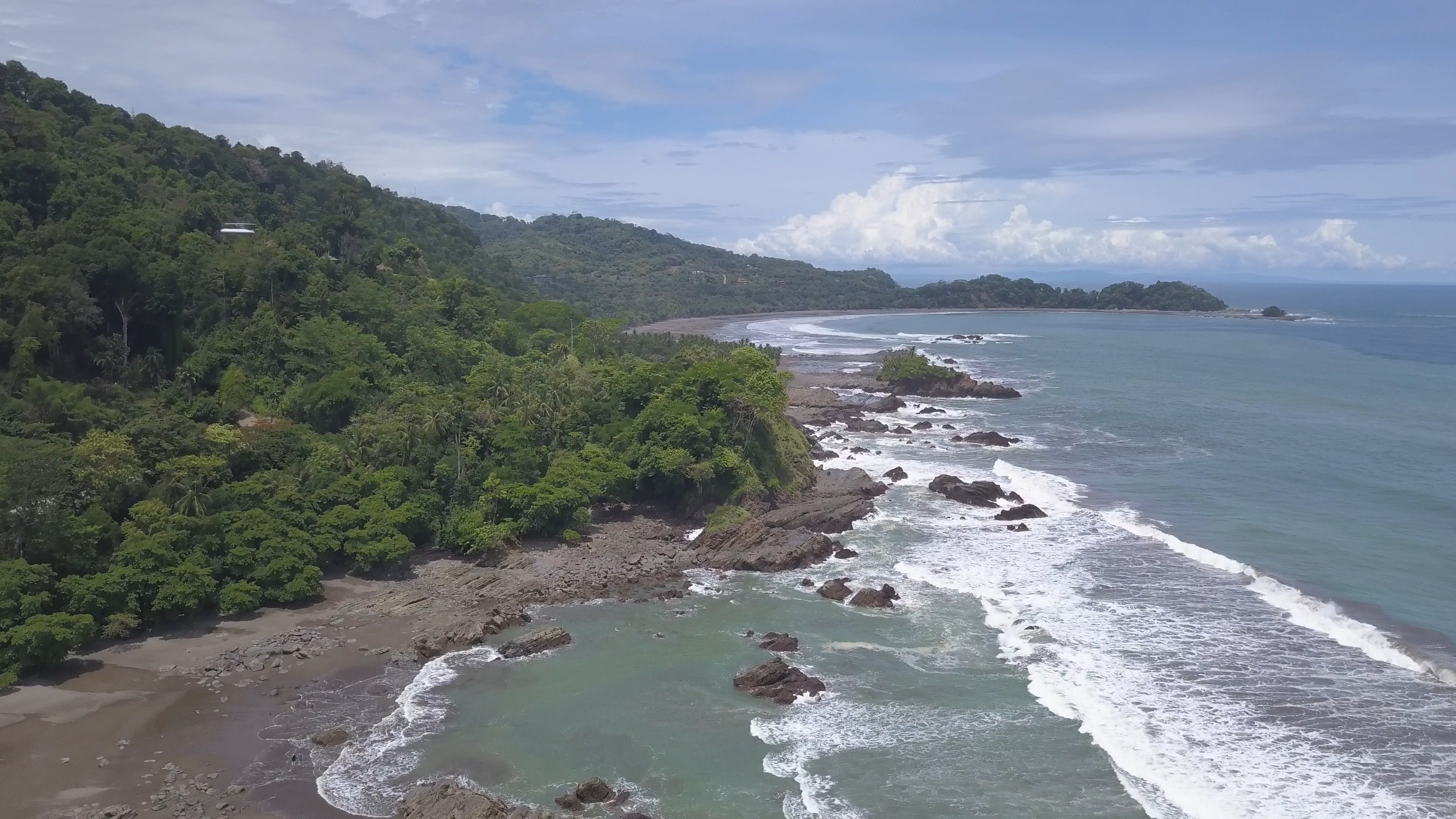 0.65 ACRES – Front Row Ocean View Home with Two Infinity Pools, Fixer Upper – Amazing Opportunity!!!