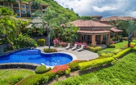 CONDO – 3 Bedroom Stand Alone Ocean View Villa With Pool!!!