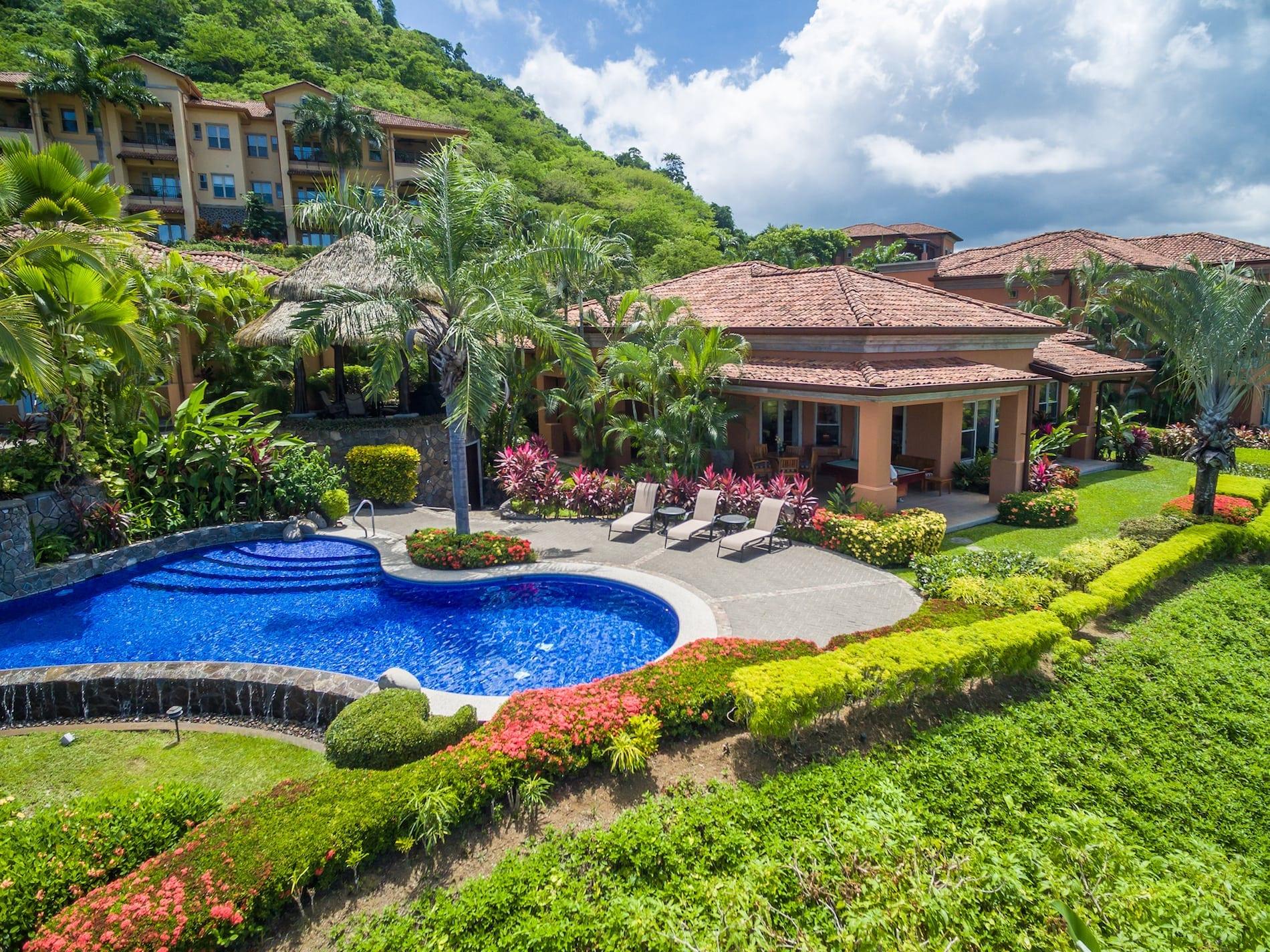 CONDO - 3 Bedroom Stand Alone Ocean View Villa With Pool!!!
