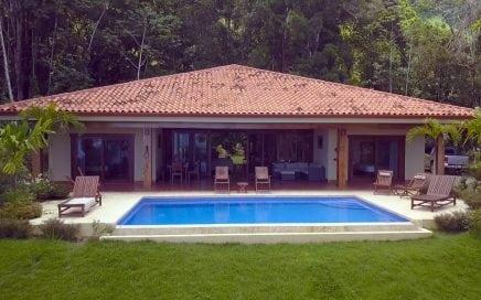 0.83 ACRES – 4 Bedroom Ocean View Home With Pool In Escaleras!!!