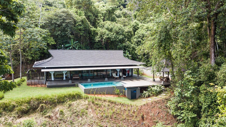 3.5 ACRES - 2 Bedroom Bali Style Tropical Ocean View Villa With Pool!!!