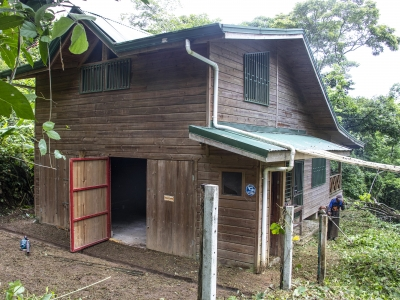 4.88 ACRES - Fire Sale Cabin In Escaleras!!!
