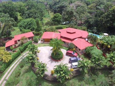 2.29 ACRES - 3 Bedroom Estate Home With Guest Villa And Pool!!!