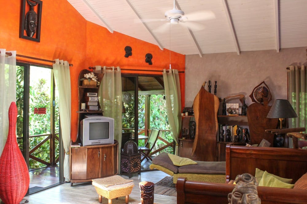 0.82 ACRES - 4 Bedroom Very Successful B&B With Pool And Room For Expansion!!