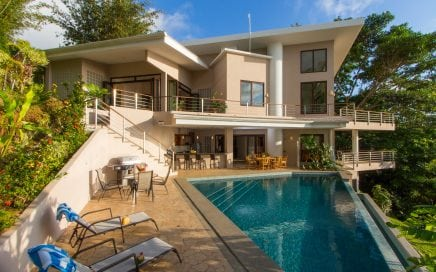 2.4 ACRES – 3 Bedroom Luxury Ocean View Home With Pool Located In Escaleras!!!!