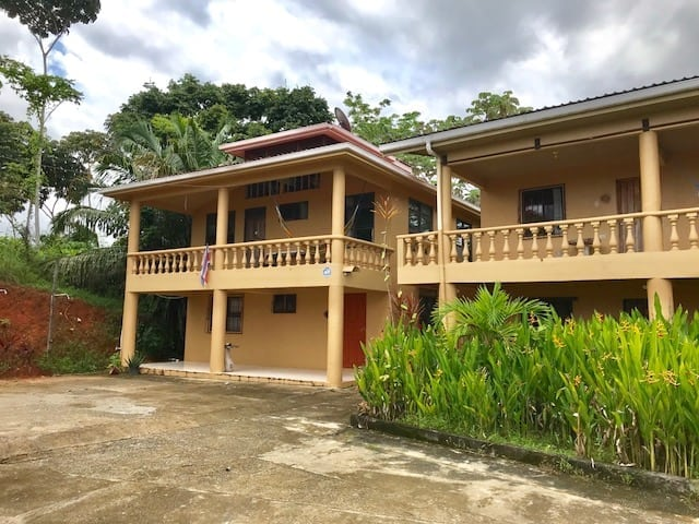 2 ACRES - 8 Room Hotel, 3 Cabinas, Plus Owner's Home All With Ocean View!!!