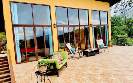 2.42 ACRES – 2 Bedroom Mountain Home With Heated Pool!!!