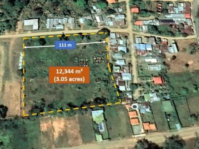 3 ACRES - Prime Development Property In Center Of Uvita!!!