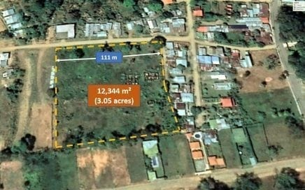 3 ACRES – Prime Development Property In Center Of Uvita!!!