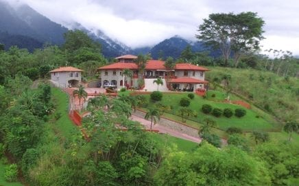 1.5 ACRES – 10 Bedroom Ocean View Estate W Pool And Potential To Convert To A Boutique Hotel!!!
