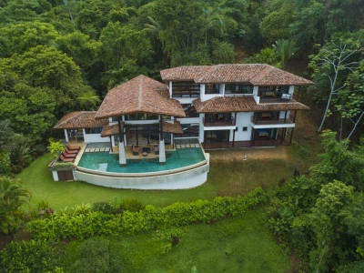 1.14 ACRES - 5 Bedroom Magnificent Home With Pool And Ocean View In Escaleras!!!