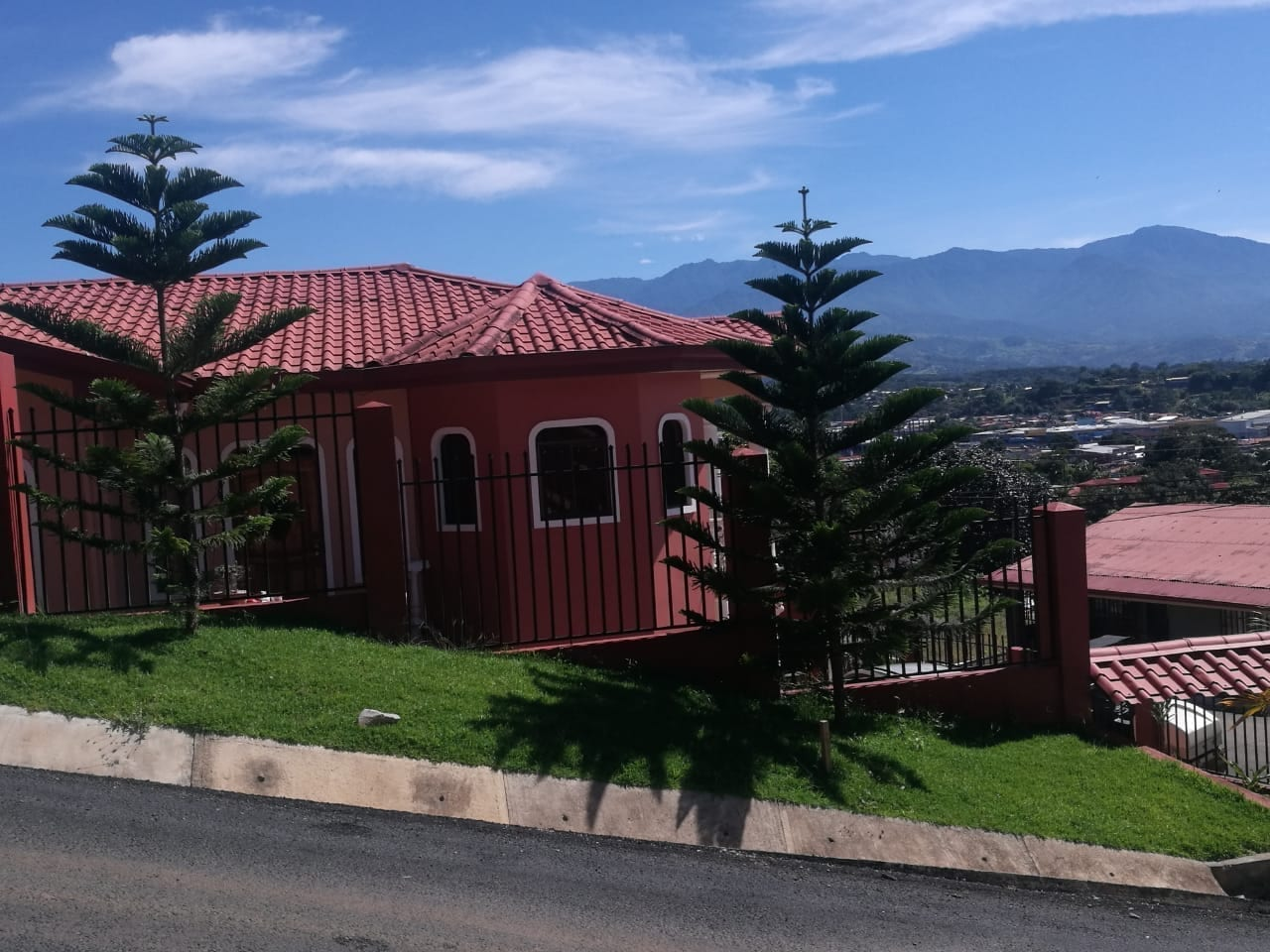0 1 Acres 5 Bedroom Affordable Home With Mountain View