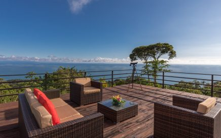 1.1 ACRES – 4 Bedroom Home With Pool And Amazing Ocean View In Escaleras!!!