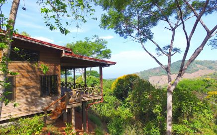 2.7 ACRES – 2 Bedroom Ocean View Home In Lagunas For A Great Price!!!