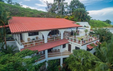 0.21 ACRES – 4 Bedroom Home With Pool And Amazing Ocean And Marina Views!!!