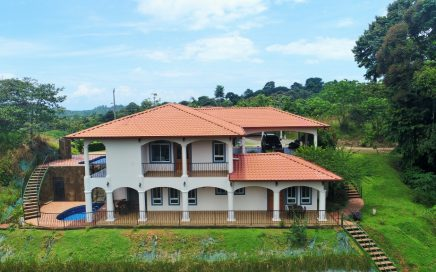 0.56 ACRES – 7 Bedroom Estate With 2 Homes, 2 Pools, Ocean and Mountain Views!!!