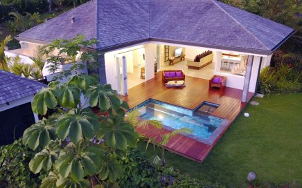 0.28 ACRES – 2 Bedroom Modern Bali Home With Pool And Ocean View!!