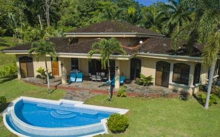 4.8 ACRES – 3 Bedroom Luxury Ocean View Home With Pool Adjacent To Nature Reserve!!!