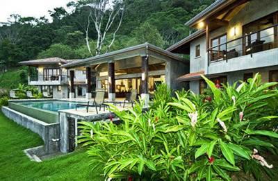 VILLA VENTANAS – Six Bedroom Luxury Villa Steps From the Beach!!!