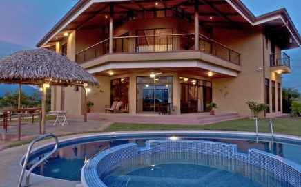 0.59 ACRES – 7 Bedroom Compund With 3 Homes, Pool, Ocean and Mountian Views!!!