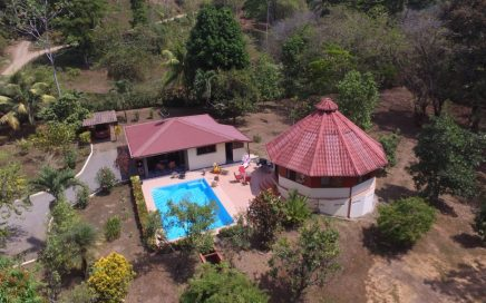 0.16 ACRES – 4 Bedroom In 2 Homes With Pool And Ocean View!!!