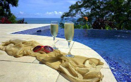VILLA ALEGRIA – 4 Bedroom Mediterranean Style With Ocean Views And Infinity Pool !!