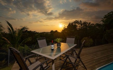 CASA BLANCA – 2 Bedroom Home With Pool, Ocean View and AC!!!