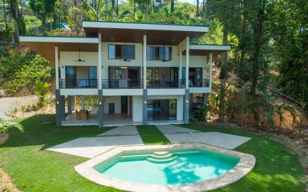 3.3 ACRES – 3 Bedroom Luxury Home With Ocean View And Pool In Gated Community!!!