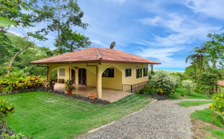 3 ACRES – 2 Bedrooms, 1 In Main Home, 1 In Guest Home, Pool, Ocean View, Extra Building Site!!!