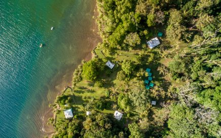 494 ACRES – Boat Access Beachfront Golfo Dulce Eco Lodge!!!!