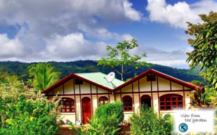 FULLY EQUIPPED ONE BEDROOM BUNGALOW NEAR TRAIL TO NAUYACA WATERFALL!!!