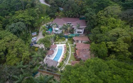 CONDO – 2 and 3 Bedroom Modern Villas With Shared Pool, Close To Everything!!!